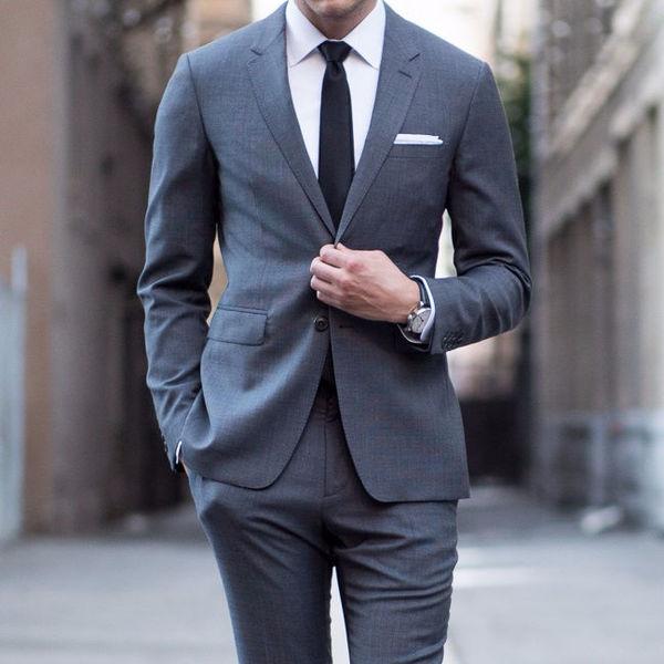 фото в костюме мужчины